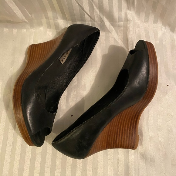 Steve Madden Shoes - ‼️$20, unworn Steve Madden peep toe wedges
